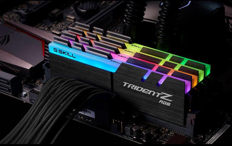 GSKILL TRIDENT Z RGB - 16GB (8GBX2) DDR4 BUS 3000 CAS 15